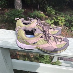 Merrell | Performance Shoe Avian Light Ventilator